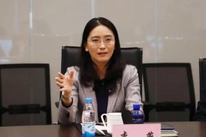人大代表李燕呼吁院外猝死高发公共场所应全面装备「救命神器」