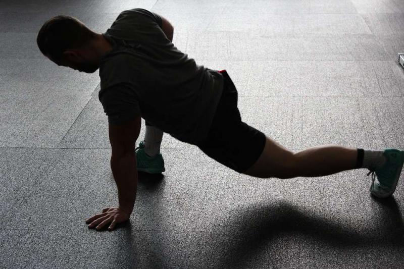 股四头肌肌腱炎恢复为什么会得股四头肌肌腱炎