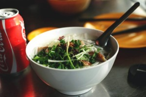 喝肉汤会胆固醇高吗警惕三类食物易致胆固醇高